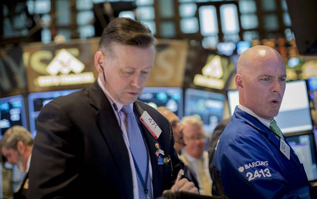 Wall Street cierra en verde gracias a las BigTech