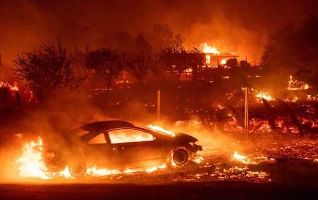 Incendio forestal al sur de Perú deja ocho muertos y variosheridos