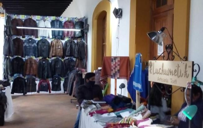 Reinstalan expo ventas artesanos de SanCristóbal