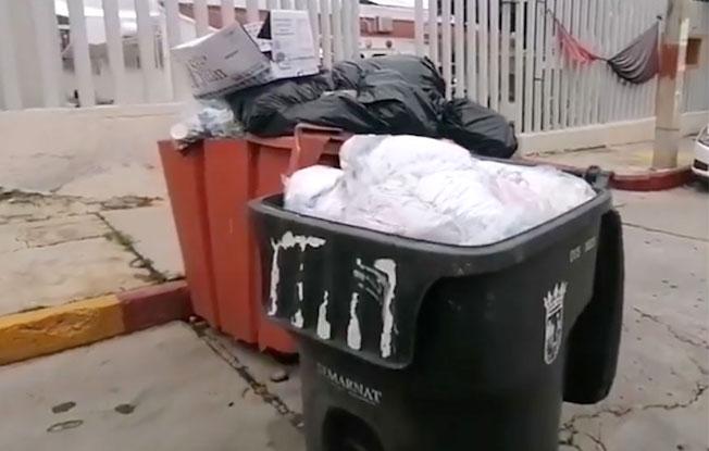 Hospital deja sus desechos al aire libre enArriaga