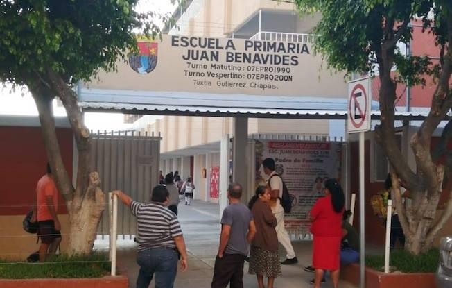 Piden cuotas 'voluntarias' en la Juan Benavides:padres
