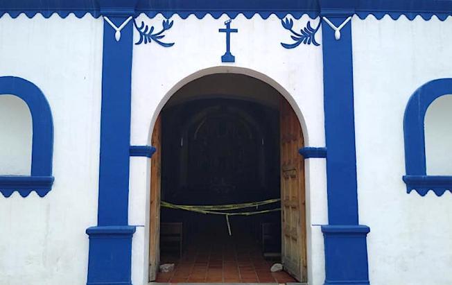 Católicos piden reabrir las iglesias enTonalá