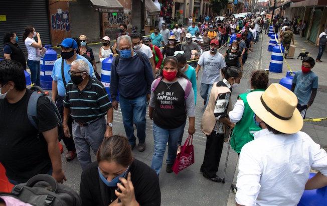México suma 64 mil 414 muertes por COVID a tres meses de la nuevanormalidad