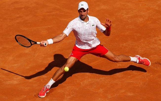 Djokovic avanza a cuartos enRoma