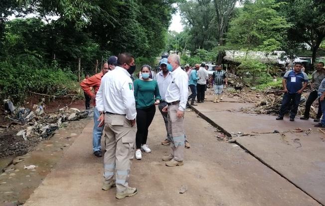 Lluvias dañan puente hacia el basurero deTapachula