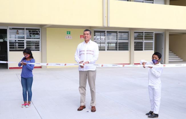 Inaugura Rutilio escuela primaria en TuxtlaGutiérrez