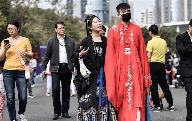 Segunda ola de contagios de COVID-19 en China es inevitable, aseguraexperto
