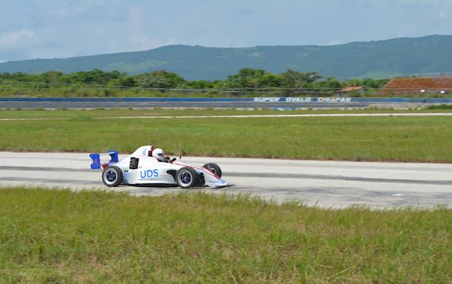 UDS Racing y Víctor Albores repiten en elpodio