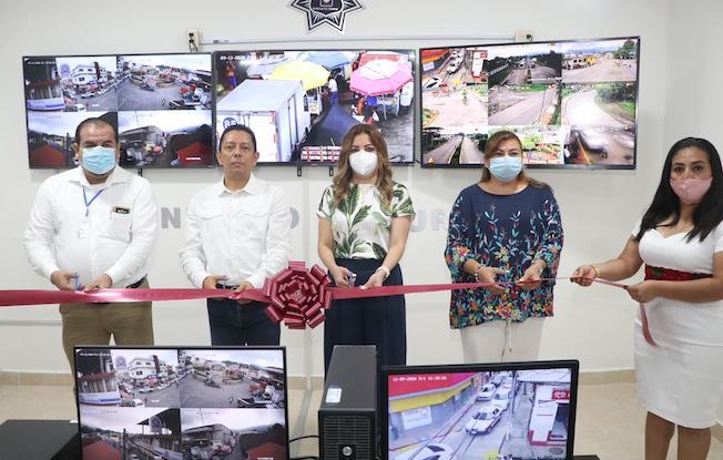 Inaugura Llaven Centro de Videovigilancia enPichucalco